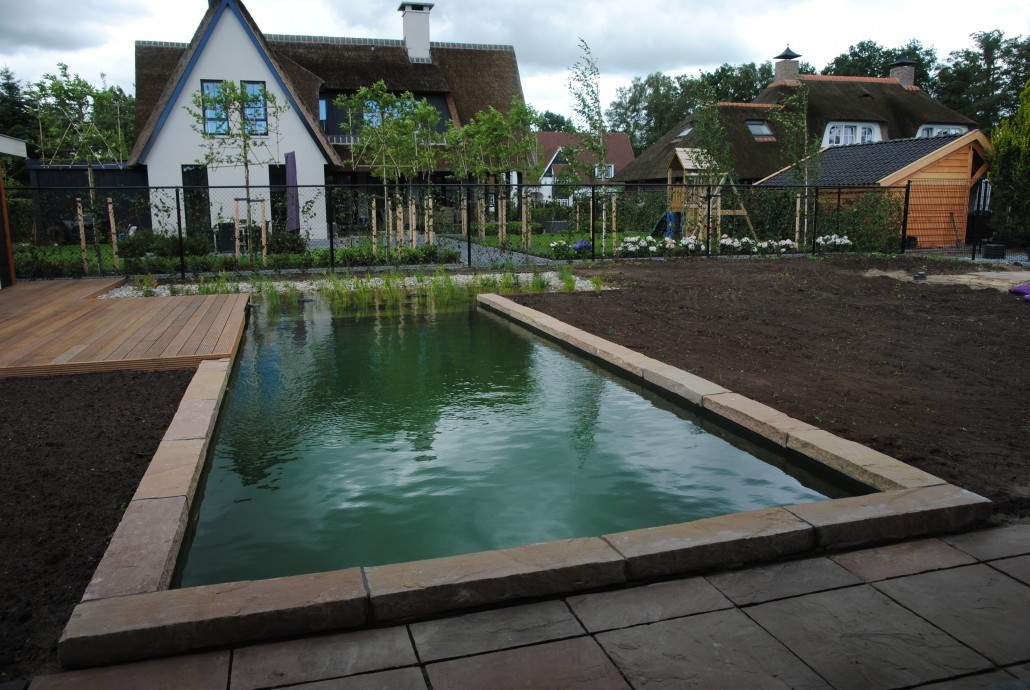 Aanleg tuin met zwemvijver in almelo braamhaar ankon for Aanleg zwemvijver